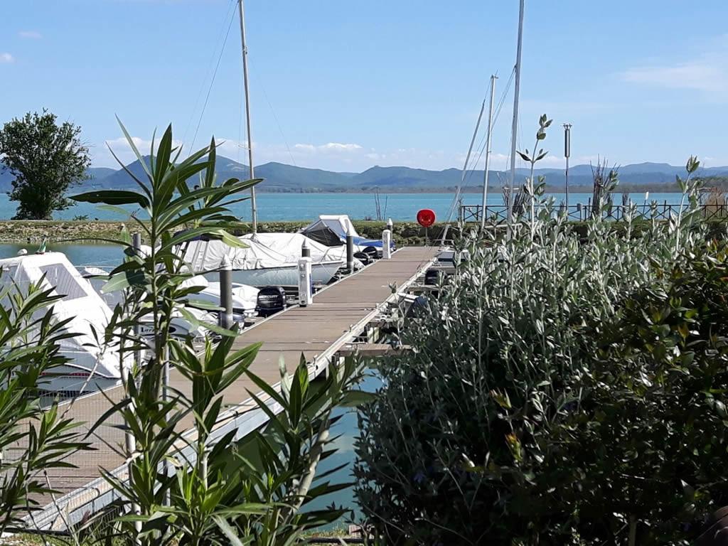 banchina porto Castiglione del Lago