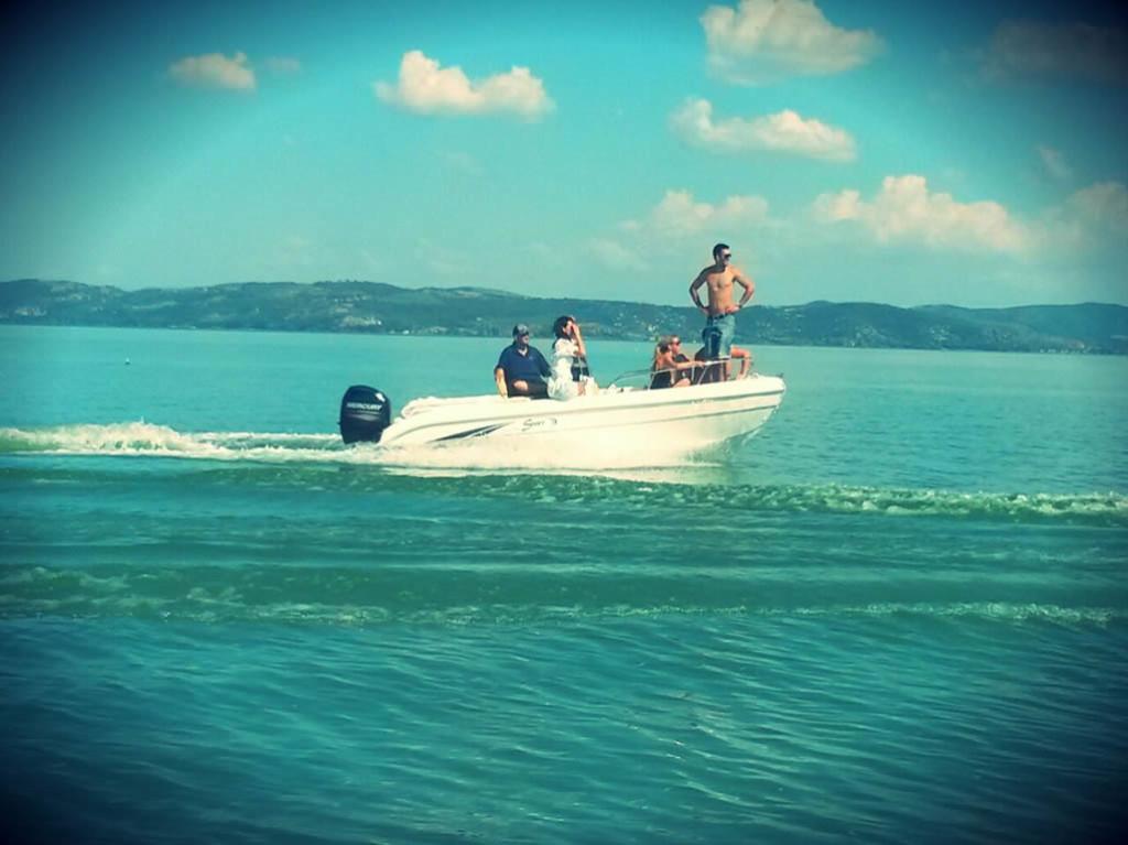 gita sul lago trasimeno