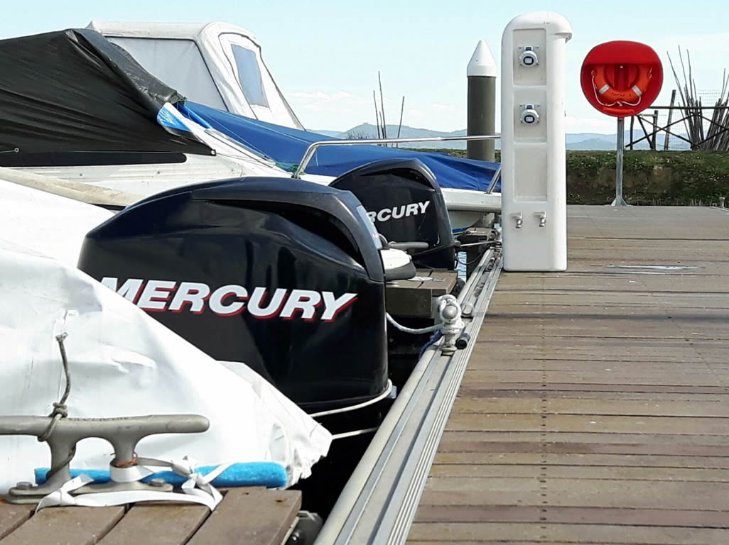 banchina porto - motori mercury